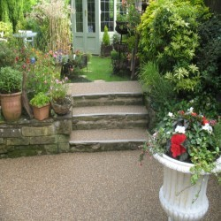 Resin Bound Gravel Maintenance in Acha 3