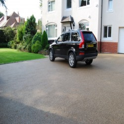 Resin Bound Gravel Maintenance in Abbotsham 8